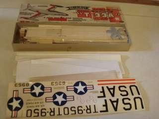 BERKELEY LOCKHEED T 33A USAF JET TRAINER FLYING MODEL AIRPLANE KIT