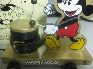 Fossil Mickey Mouse Limited Gold Watch display statue