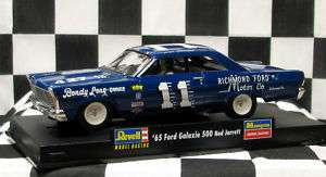 REVELL/MONOGRAM 4887 FORD GALAXIE 500 NED JARRETT 1/32