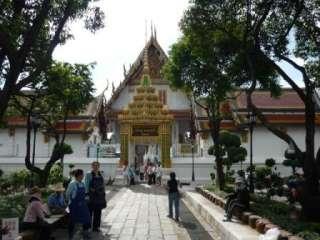 Sparkle Blue Pearl Pra Somdej Buddha Wang Wat Pra Keaw Thai Amulet
