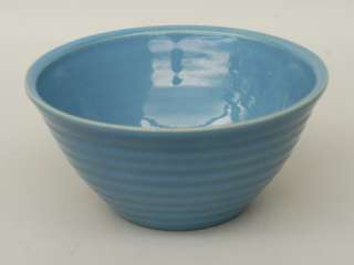 Vintage BAUER Rings Medium LIGHT BLUE MIXING BOWL 8 ca. 1940