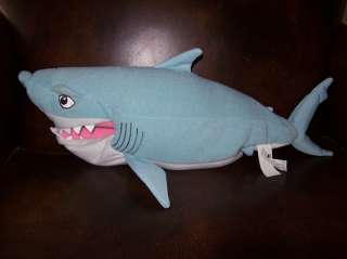Biting bitin BRUCE talking shark Disney Finding NEMO 2002 plush toy