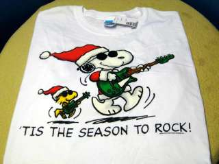 PEANUTS GANG Rock & Roll Season SNOOPY & WOODSTOCK CHRISTMAS T Shirt