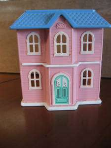 Little Tikes Dollhouse Miniature Toy Doll Play House 4 x 2 inches