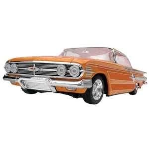 852040 1/25 Lowrider Magazine 60 Chevy Impala Hardtop Toys & Games