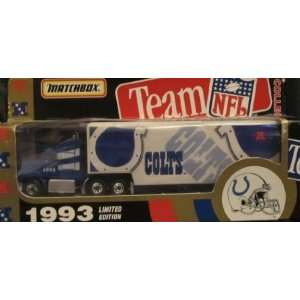 Indianapolis Colts NFL Diecast 1993 Matchbox Tractor