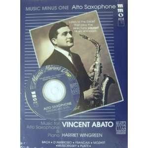Intermediate Alto Sax Solos   Volume 2 Book With CD