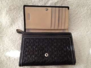 Soho Black Embossed Leather Clutch Wallet Coin Purse  EUC