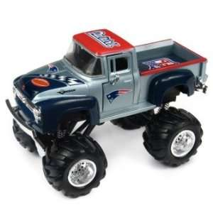 UD NFL 56 Ford Monster Truck New England Patriots  Sports