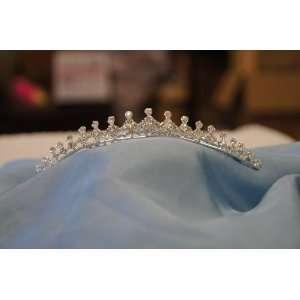 (MEDIUM)Elegant Bridal Wedding Tiara Crown with Crystal