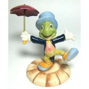 : Royal Doulton Pinocchio Collectible Figurine Statue: Home & Kitchen