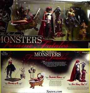 McFarlane Toys Monsters Femme Fatales 3 Figure Box Set