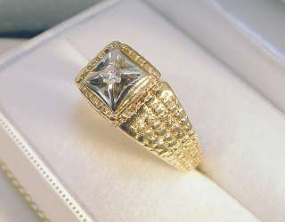 14K Solid Yellow Gold Diamond Solitaire Ring Size 12.5