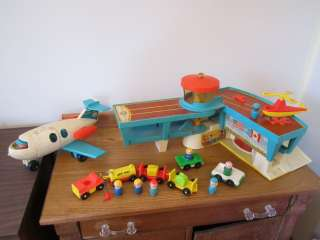 Vintage Fisher Price Little People Play Family Airport Set 996 T