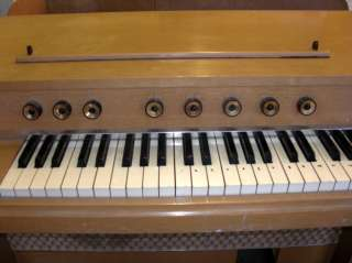 Electronic Organ Player Model G 1, 117V+Music Bench G14134