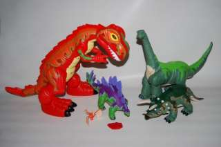 FISHER PRICE IMAGINEXT Dinosaurs BIG Roaring T Rex Triceratops