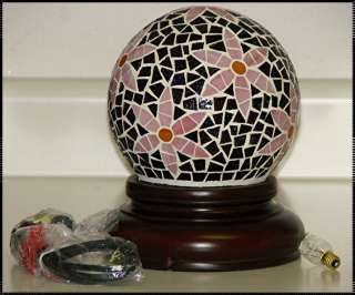 STAINED GLASS MOSAIC TABLE LAMP/NIB