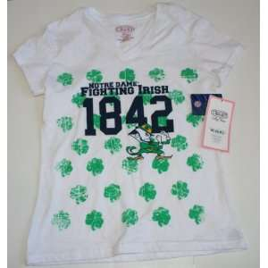 University of Notre Dame Womens/Juniors T Shirt   Size Small   White