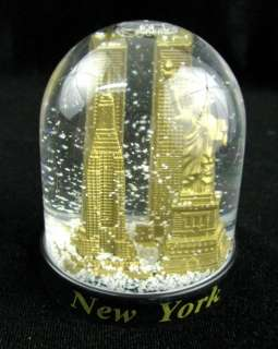 New York Snowglobe Twin Towers Empire State Building Statue Liberty
