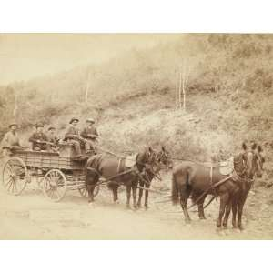 Wells Fargo Express Co. Deadwood Treasure Wagon and Guards with $