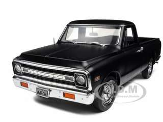 1972 Chevrolet Fleetside Pickup Truck Matt Black 1/18 Diecast Car